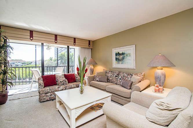 Living Area - Barefoot Pelican - Naples - rentals
