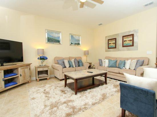 6 Bedroom 5 Bath Pool Home Located In Paradise Palms. 8956SPR - Image 1 - Orlando - rentals