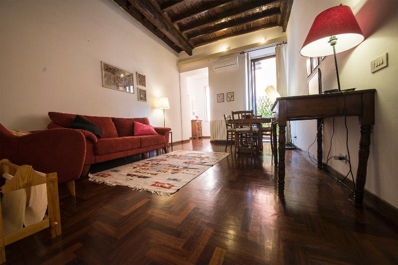La Dolce Vita Apt - Rome - Image 1 - Rome - rentals