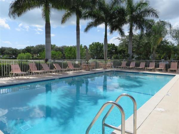 Pool - Fair 1012 - Fairways condo - Naples - rentals