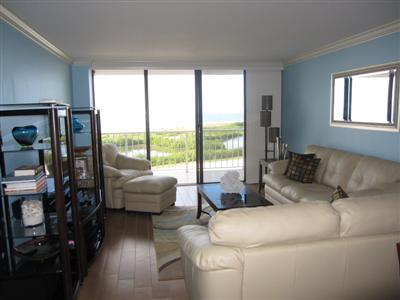 Living Room - SST2-1002 - South Seas Tower - Marco Island - rentals