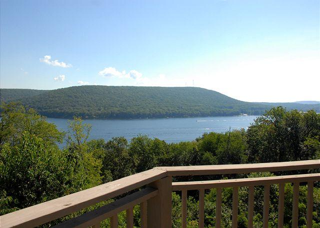 Stunning & Unique 4 Bedroom Mountain Home w/ Breathtaking Lake Views! - Image 1 - Oakland - rentals