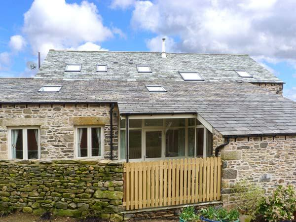 HAWKRIGG COTTAGE, on working dairy farm, off road parking, patio, in Kirkby - Image 1 - Kirkby Lonsdale - rentals
