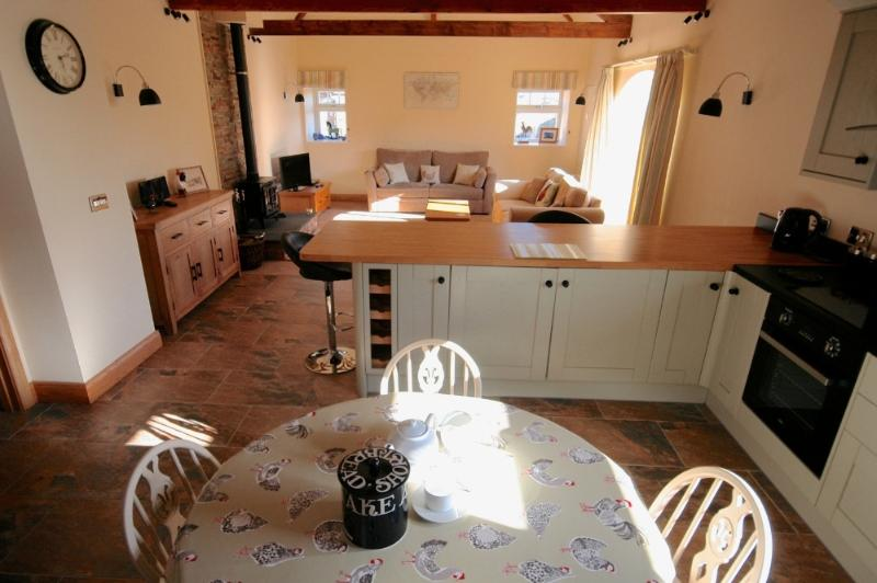 Steading Cottage - Image 1 - Seahouses - rentals