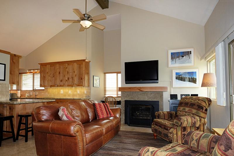 Hidden Creek 30A: Beautiful and comfortable Vacation Home -- Located Across the Street from Canyon's Cabriolet Lift - Image 1 - Park City - rentals