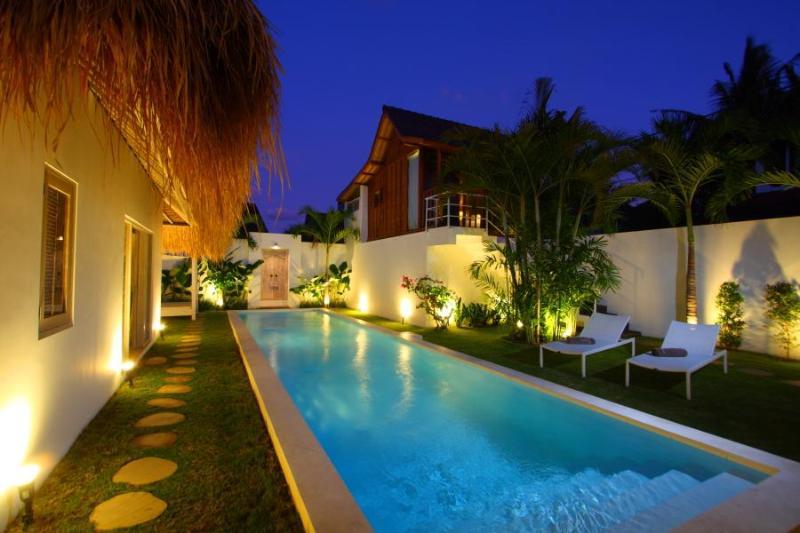 Trendy Tropical and Comfy Villa Seminyak Oberoi - Image 1 - Seminyak - rentals