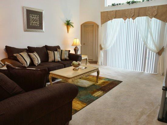 Large 4 Bedroom 3 Bathroom Villa in Tivoli Manor. 204TC - Image 1 - Orlando - rentals