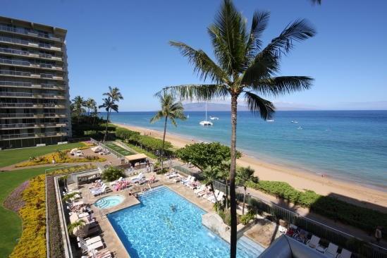 Great ocean views and of Lanai - Whaler 401 - Ocean Front One Bedroom, 2 Bath Condominium - Lahaina - rentals