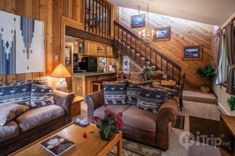 Welcome home! This two level condo has an inviting mountain lodge feel with the comforts of home. - Gore Creek Meadows A29 - Vail - rentals