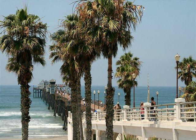 Pier just a mile away! - New Oceanfront unit w/ 4br/4ba,beach patio w/ private spa, bbq, A/C Equipped - Oceanside - rentals