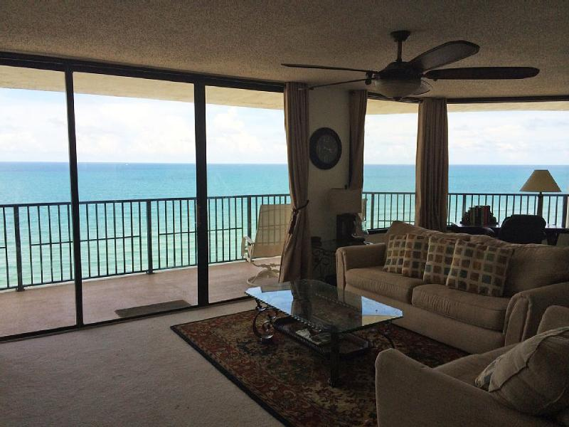 OCEAN! OCEAN!! OCEAN!!! LARGE LD (one of the largest ocean frontage in Daytona Beach Shores)!!! - HUGE LUXURY OCEANFRONT CONDO!!! Stunning Views... - Daytona Beach - rentals