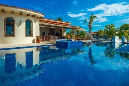 Ocean view Villa Desierto in exclusive Punta Ballena with 2 tier pool & slide - Image 1 - Cabo San Lucas - rentals