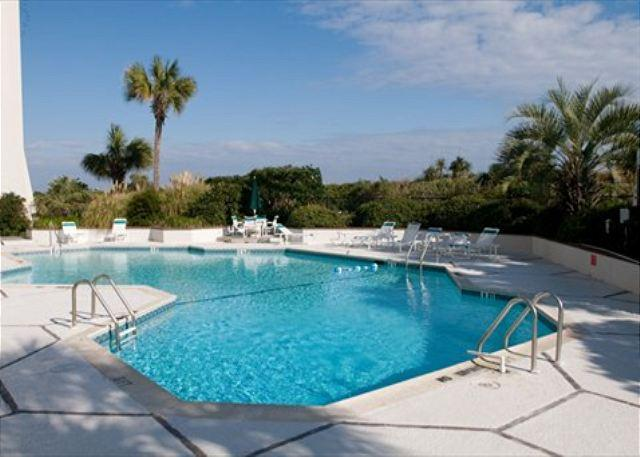 Pool - Station One - 5C Stewart-Oceanfront condo with community pool, tennis, beach - Wrightsville Beach - rentals