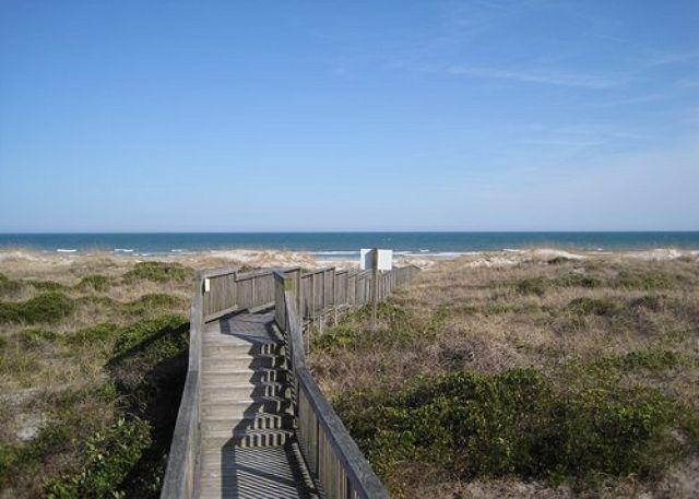 Wrightsville Dunes 1A-E - Wrightsville Dunes 1A-E - Oceanfront condo with community pool, tennis, beach - Wrightsville Beach - rentals