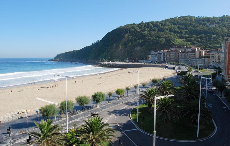 INTERNATIONAL::Seaviews, surf, pintxos! - Image 1 - San Sebastian - Donostia - rentals