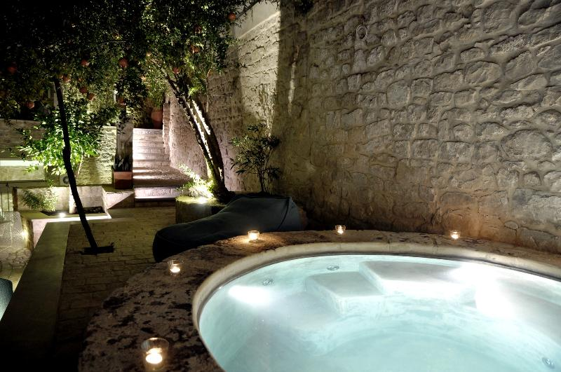 HORTUS | Enchanting Ancient Villa with Garden - Image 1 - Modica - rentals