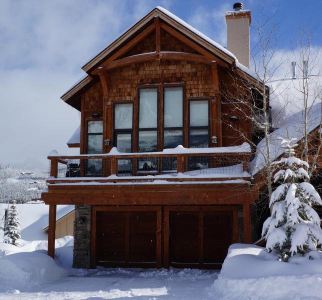 Outside winter view - Ski-in, Ski-Out, Private Hot Tub! Lone Peak View! Black Eagle #2 - Big Sky - rentals
