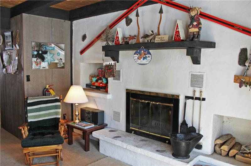 Located at Base of Powderhorn Mtn in the Western Upper Peninsula, A Quaint Duplex Located 1 Block from Main Ski Lodge with Shared Outdoor Hot Tub - Image 1 - Ironwood - rentals