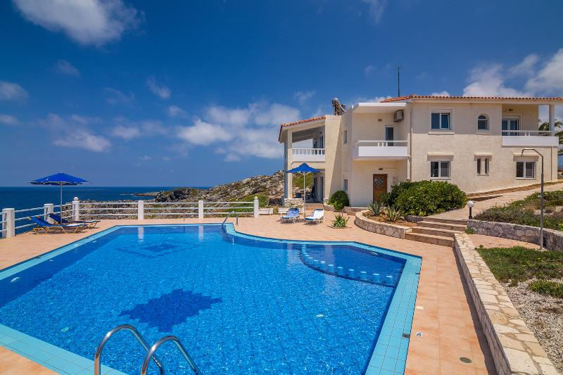 Villa Penelope with stunning views to the sea - Image 1 - Akrotiri - rentals