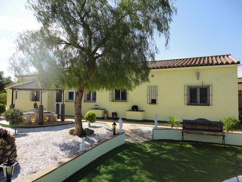 Jasmine Villa over looks the stunning pool and garden - holiday villa  Alora / Pizarra Costa Del sol - Malaga - rentals