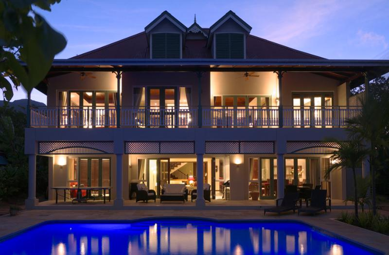 The Colonial House for a private and romantic journey in the Seychells, on Eden Island Resort - Luxury beach front villa with internet & pingpong - Eden Island - rentals