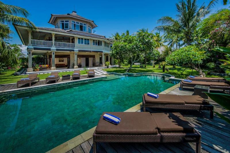 Villa and Pool view - Anyar, Luxury large 5 Bedroom Villa, Umalas, Near Seminyak - Canggu - rentals