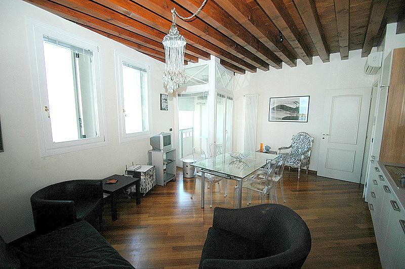 The leaving room with kitchen - Wonderful view over Venetian Lagoon - Venice - rentals