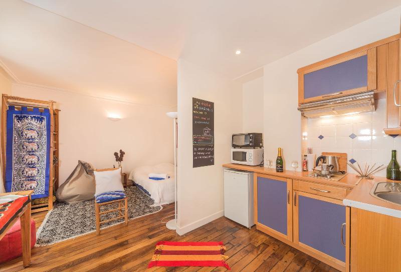 Your Home in Montmartre, Paris - Image 1 - Paris - rentals