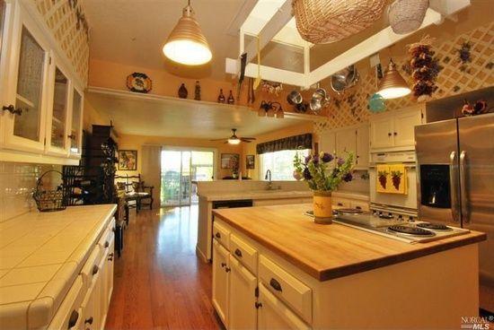 Great Kitchen - Many Moons Ranch Main House - Sonoma - rentals