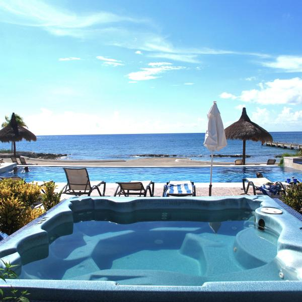 Jacuzzi, pool and private pier! - Villa El Milagrito Perfect Getaway for Divers! - Cozumel - rentals