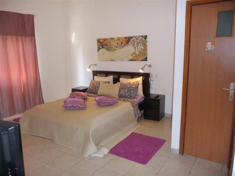 Quiet 1br spacious Pinsker apartment near the beac - Image 1 - Tel Aviv - rentals