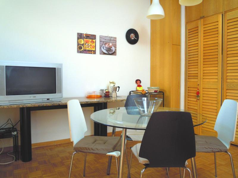 living room - Nice Apartment in Bologna - ViaGessiUno - Bologna - rentals