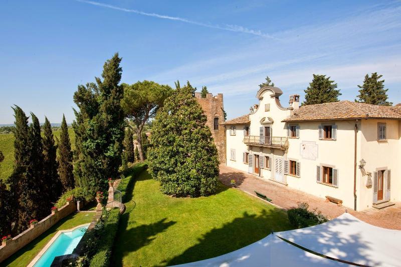 6 bedroom Villa in Castelfiorentino, San Gimignano, Volterra and surroundings - Image 1 - Montespertoli - rentals