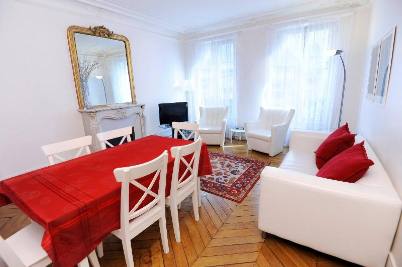 Classic BEST RENTAL IN PARIS ( 6 arr ) - Image 1 - Paris - rentals
