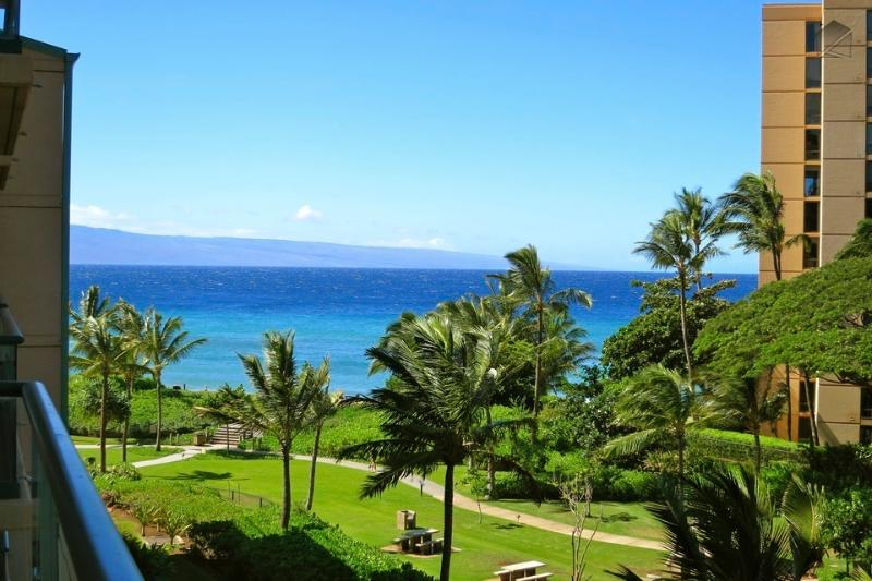 Wake up to big views of the the teal-blue maui waters from the lanai - Low rates, no construction view - Ocean View with Xl Floor Plan! - Ocean's Edge at 444 Konea - Ka'anapali - rentals