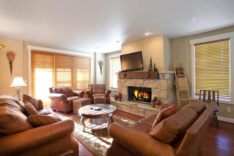 Town Pointe #105B - Image 1 - Park City - rentals