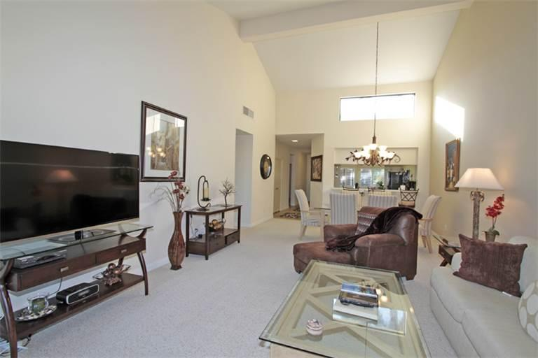 Elevated Views! Nice Bright Unit-Palm Valley CC (VY995) - Image 1 - Palm Desert - rentals
