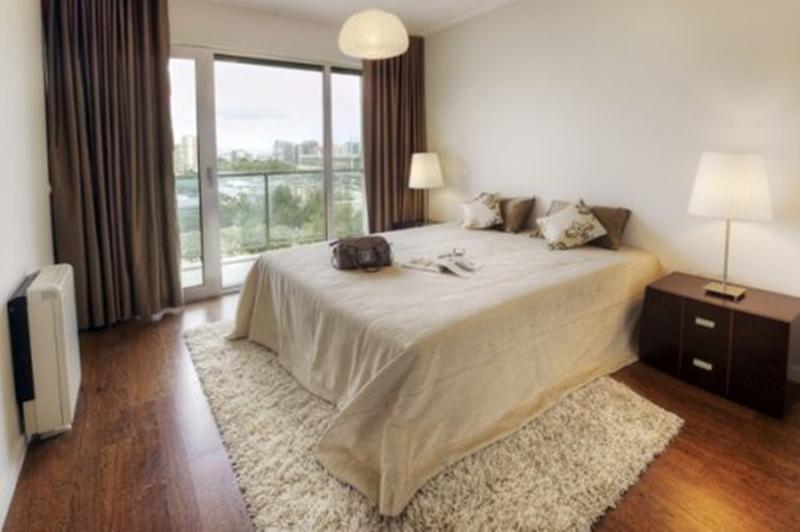 Metro City Apartment in Expo by RE - Image 1 - Lisbon - rentals