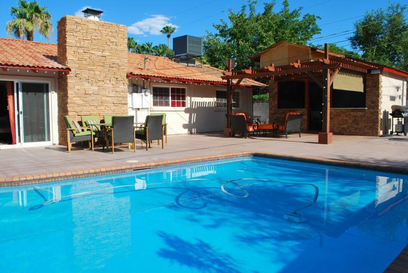 Palermo Home  PRIVATE SWIMMING POOL WITHIN MINUTES - Image 1 - Las Vegas - rentals