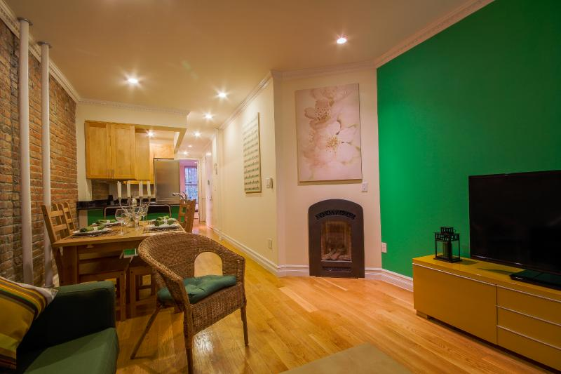 EAST VILLAGE: Celebrity's 2 Bedroom Beauty - Image 1 - New York City - rentals