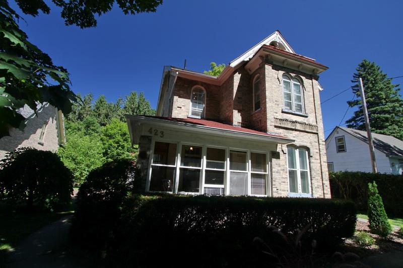 Kincardine Apartment 1 cottage (#914) - Image 1 - Kincardine - rentals