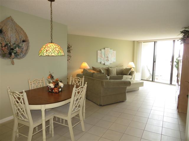 Dining and Living - SST4-201 - South Seas Tower - Marco Island - rentals
