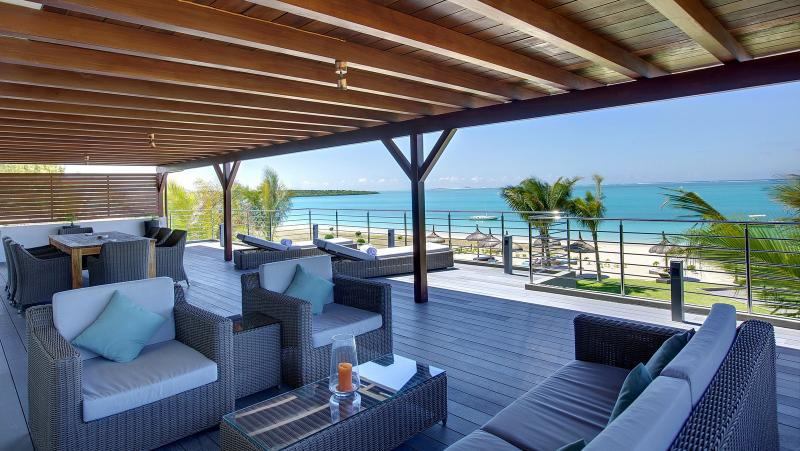 HPB4 Beach Penthouse on Pointe D'Esny - Image 1 - Mahebourg - rentals