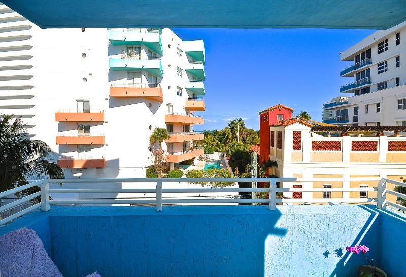 Drink your coffee in the ocean breeze - 2-Bedroom Oceanfront Retreat - Miami Beach - rentals