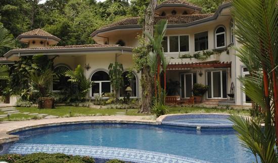pool - Harmon House - Los Suenos - rentals