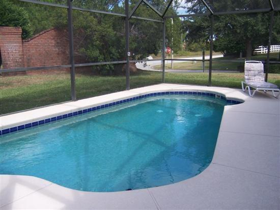 Peaceful 4 Bedroom 3 Bathroom Home in Florida Pines. 506PCD - Image 1 - Kissimmee - rentals