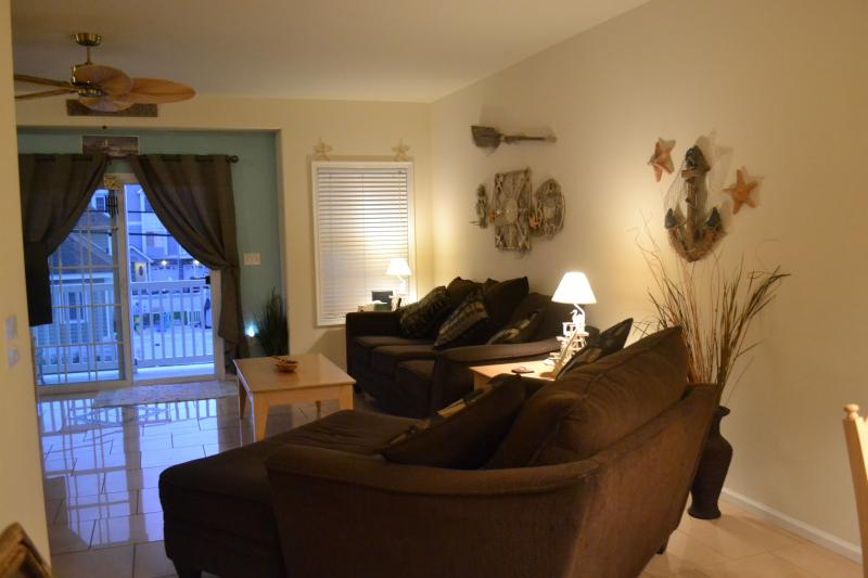 Living Room - 26th Ave. NW,NJ Condo-1 Blk from Beach- ^ 25 yrs. - North Wildwood - rentals