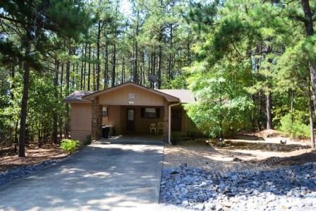 79MandDr | West Gate Area | Home | Sleeps 4 - Image 1 - Hot Springs Village - rentals