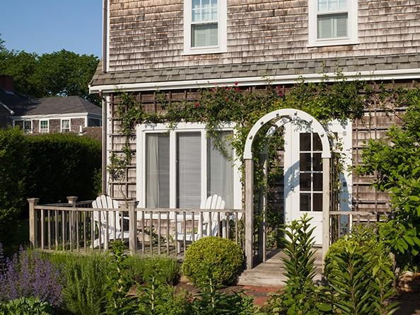 1 Bedroom 1 Bathroom Vacation Rental in Nantucket that sleeps 2 -(10088) - Image 1 - United States - rentals