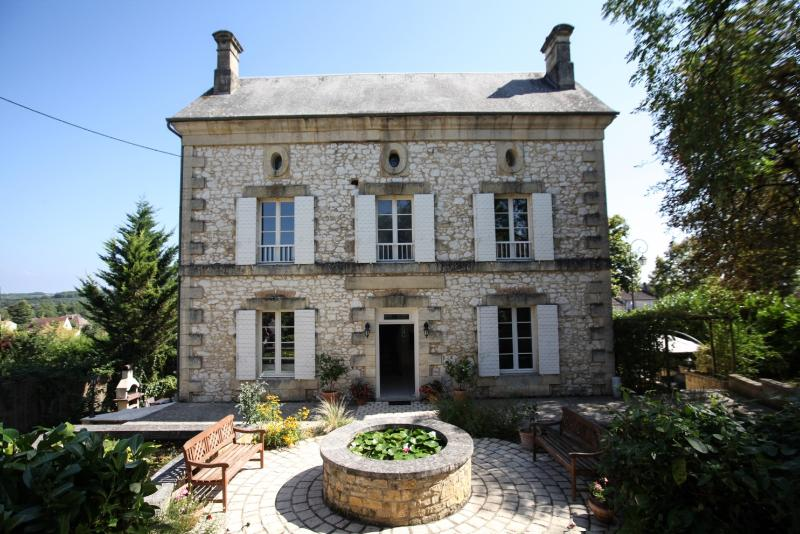 Welcoming Beginnings - No car needed+concierge. manor house in village - Beaumont-du-Perigord - rentals